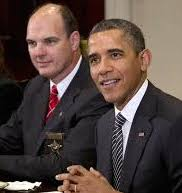 Hennepin County Sheriff Rich Stanek (l) and President Barak Obama (r)
